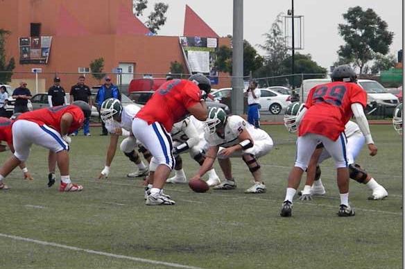 Aztecas de Futbol Americano inició ganando en pretemporada