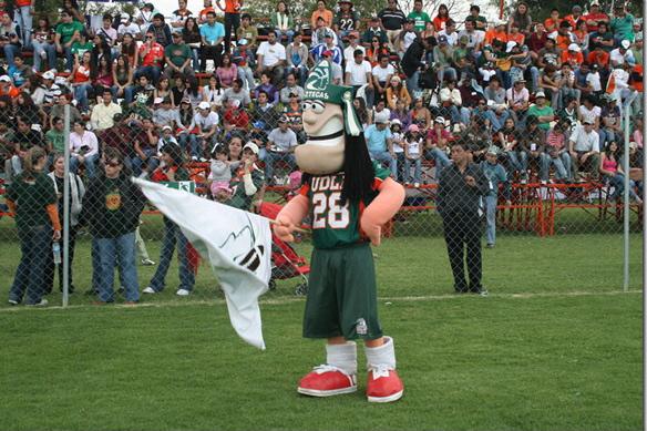 Aztecas de americano se prepara para su primer juego de temporada