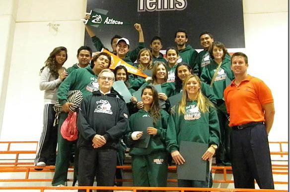 Aztecas de tenis femenil gana mejor promedio semestral por equipos