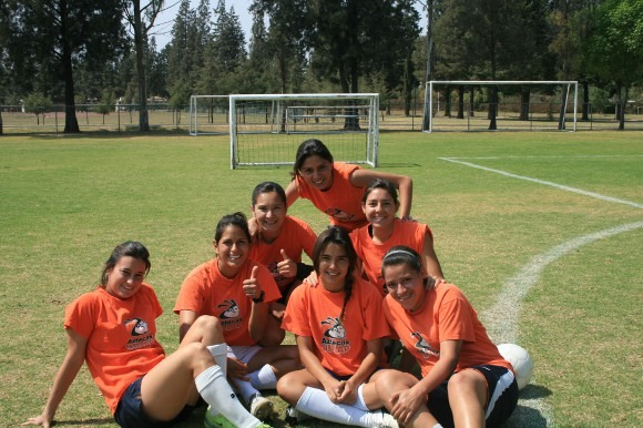 Entrenamiento del Equipo de Futbol Soccer Femenil