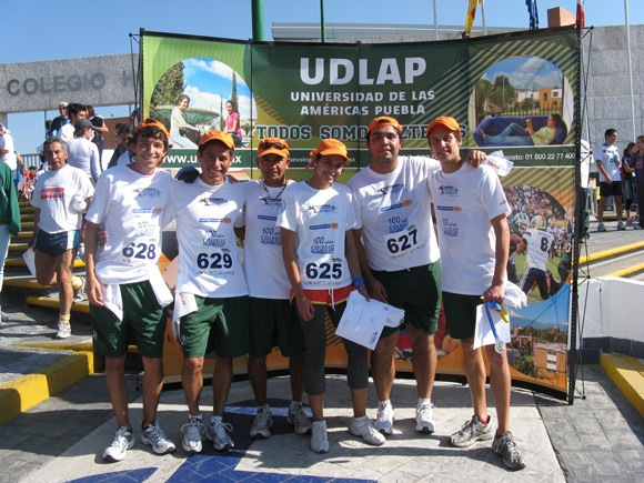 Aztecas de atletismo se prepara para competencia estatal