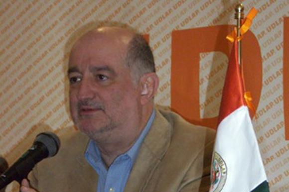 Al ciudadano se le conoce a través de las encuestas: Roy Campos