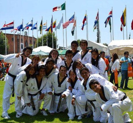 12 Aztecas de taekwondo clasificados a la Universiada Nacional