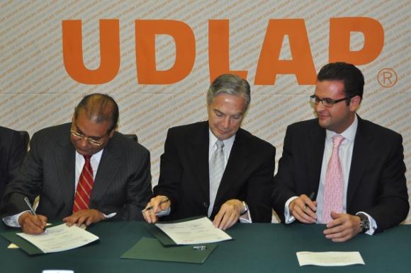 UDLAP y Secretaría de Servicios Legales y Defensoría Pública del Estado de Puebla signan convenio de colaboración