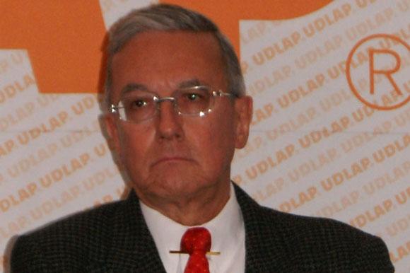 Dr. Guillermo José Ruiz Argüelles obtiene importante reconocimiento internacional