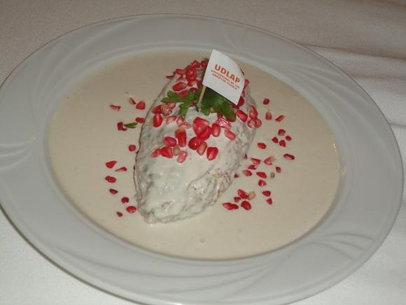 UDLAP presenta platillos típicos y sustentables en el inicio de la Temporada 2011 de chiles en nogada
