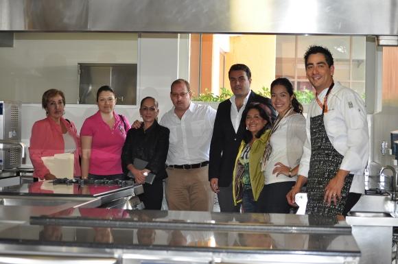 UDLAP pone a disposición de la CANIRAC, los laboratorios de su departamento de Turismo