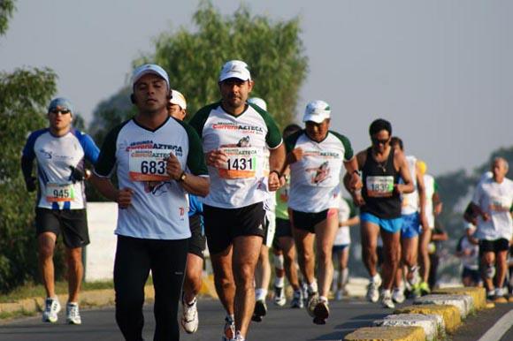 ¿Ya estás entrenando para la Tercera Carrera Azteca UDLAP 5 y 10 km?