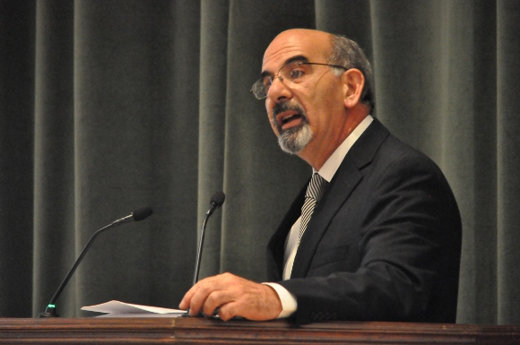 La ley debe ser cierta, predecible y flexible: Symeonides