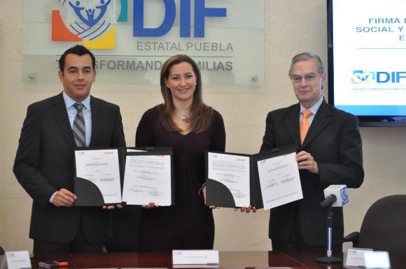 UDLAP y el Sistema Estatal DIF  firman convenio de colaboración