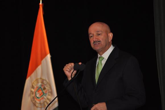 Ex presidente de México pide a la sociedad ser críticos y participativos para convertirse en actores de cambio