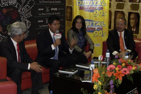 """La UDLAP y Endeavor coeditan el libro """"La nueva cara de Puebla, los emprendedores que están transformando al estado"""""""