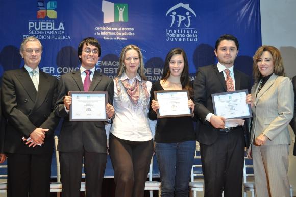 Estudiantes de la UDLAP obtienen el 1, 2, 3 en concurso estatal de transparencia