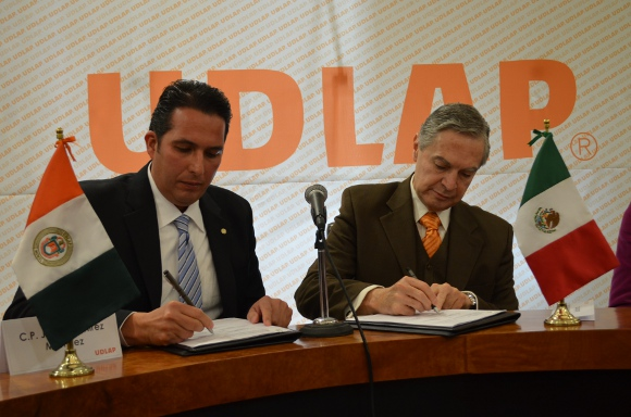 UDLAP y Grupo Proactivo Mexicano signan convenio de colaboración