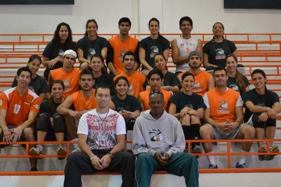 Aztecas con el reto de ser campeones varoniles y femeniles