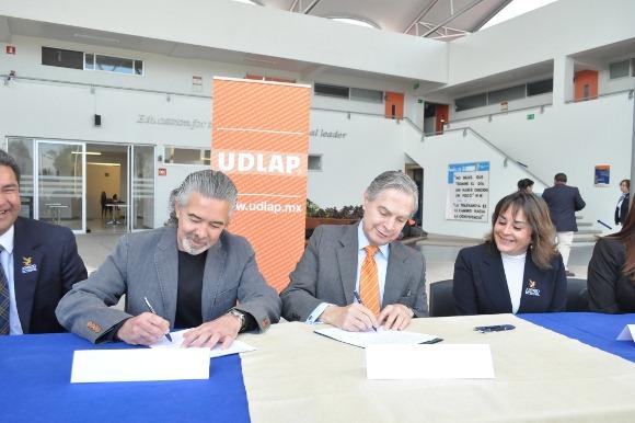 UDLAP y Anrod School firman convenio para otorgar becas