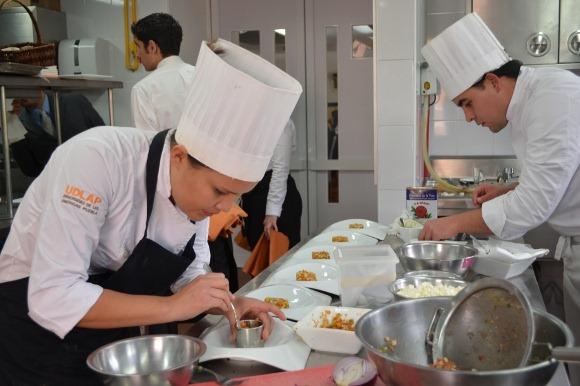 """Laboratorio de artes culinarias """"Itacátl"""" de la UDLAP preservará; ingredientes de la región"""