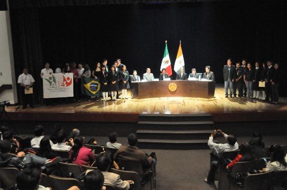México necesita jóvenes interesados en la ciencia y la tecnología que atiendan las principales demandas de la Humanidad