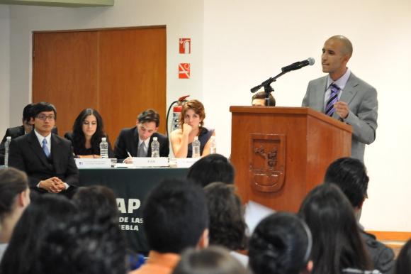 Alumnos de la UDLAP, organizan debate relacionado con las elecciones presidenciales 2012