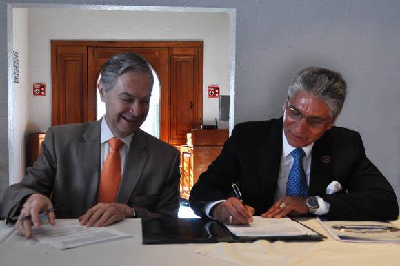 UDLAP firma convenio con la Asociación de empresas y empresarios de Tlaxcala AC
