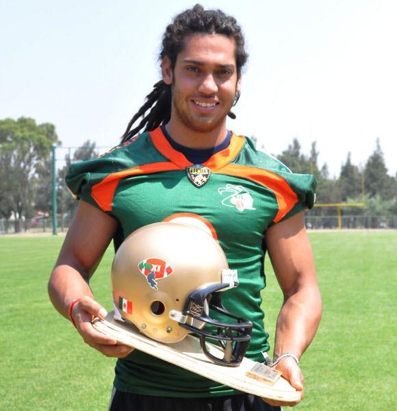 Jugador Azteca galardonado como mejor defensivo del año 3855bdfc2dc