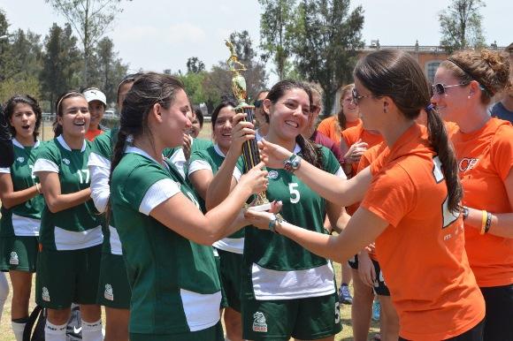 Aztecas son campeones del Cuadrangular Internacional BuxMont Torch