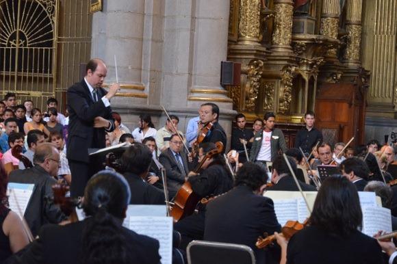 Director UDLAP colabora con la Orquesta Sinfónica del Conservatorio de Puebla