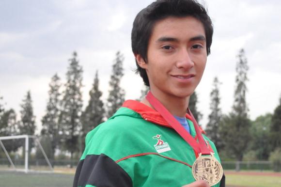 Oro, bronce y record de velocidad de Ricardo Jiménez en Centroamericanos