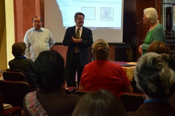 """Se realiza en la Biblioteca Franciscana de la UDLAP la 40 edición del """"Taller de los amigos de Lenguas Yutoaztecas"""""""