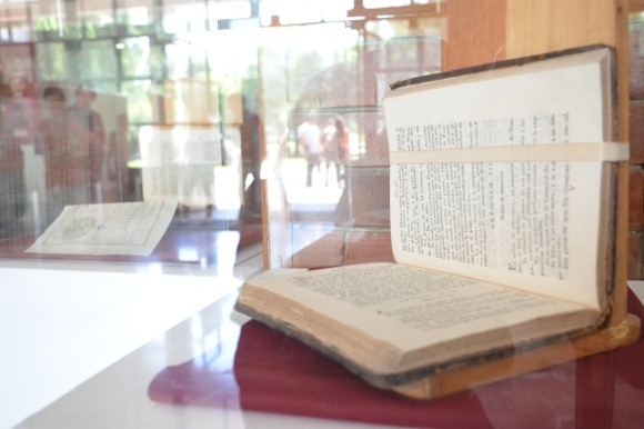 «Historia de la Ciencia a través de los libros», conócela en el Centro Estudiantil de la UDLAP