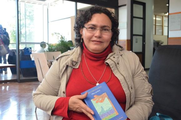 Estudiante de doctorado de la UDLAP, ganadora de beca de Investigación Cultural Héctor Rojas Herazo 2012 en Colombia
