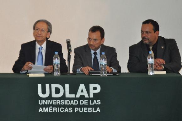 El magistrado Jorge Higuera Corona presenta en la UDLAP su libro «Non Bis in Idem y Reincidencia»