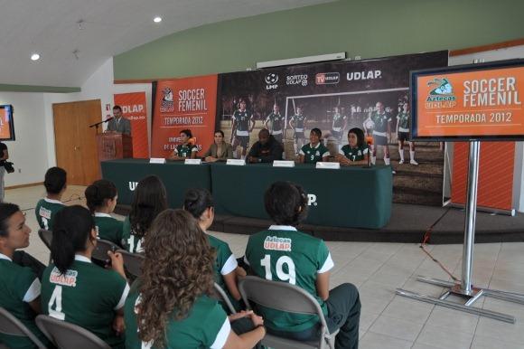 Aztecas de soccer femenil se presenta en Liga Mayor
