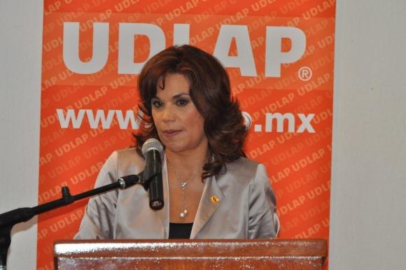 Diálogo y debate, elementos necesarios para impulsar una nueva visión del ejercicio público y político: Blanca Alcalá
