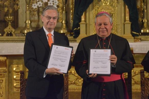 UDLAP y Arquidiócesis de Puebla de los Ángeles conservan y difunden patrimonio documental de México