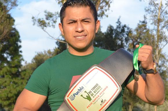 Ali López logró una proeza en el boxeo