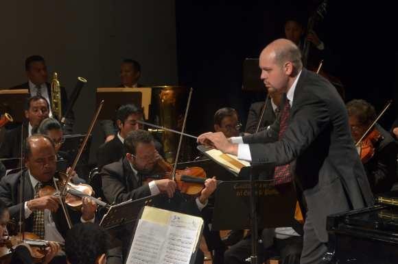 Primer concierto navideño de los equipos representativos culturales de la UDLAP