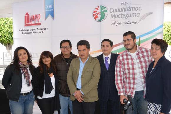UDLAP entrega becas de diplomado a ganadores del Premio Cuauhtémoc Moctezuma al Periodismo