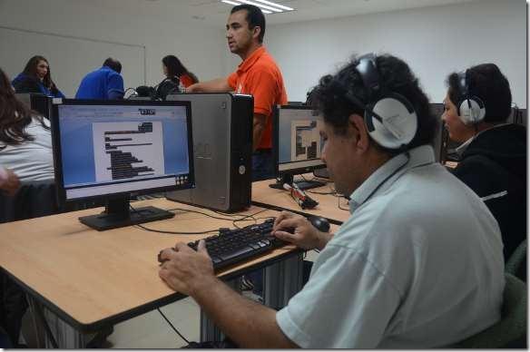 En 2 años la UDLAP y Microsoft México han acreditado a 18 personas con discapacidad visual