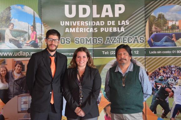 La academia UDLAP reflexiona sobre el cuerpo humano en la Capilla del Arte UDLAP.