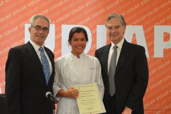 Artes Culinarias de la UDLAP recibe acreditación del CONAET
