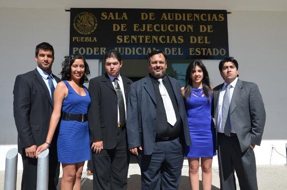 Estudiantes de Derecho de la UDLAP obtuvieron el segundo lugar del Concurso Estatal Universitario de Litigación Oral