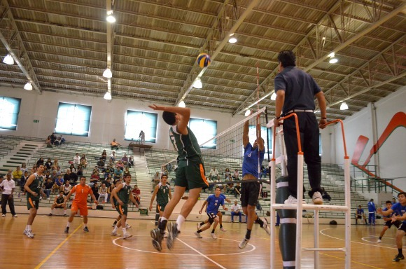 Aztecas UDLAP suman puntos en sus torneos