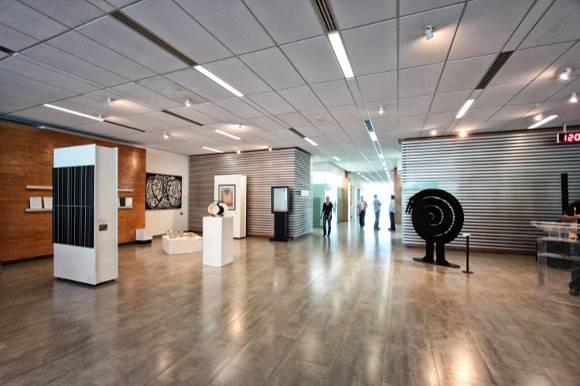 """Volkswagen Bank y Volkswagen Leasing presentan """"Desplazamientos"""", de la Colección de Arte UDLAP"""