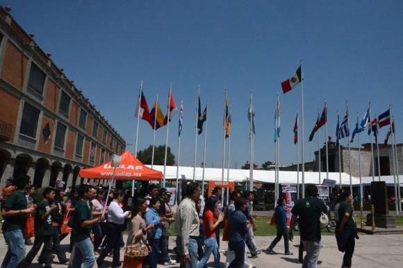 Expo UDLAP ofrece conocimientos y oportunidades a jóvenes preparatorianos