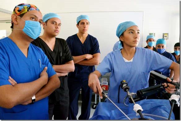 Centro de Entrenamiento de Cirugía Laparoscópica y Endoscópica de la UDLAP es avalado por la Academia Mexicana de Cirugía