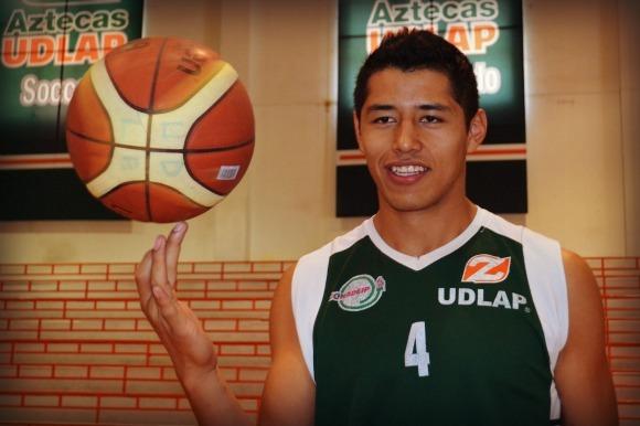 Aztecas cumplen en la Universiada Mundial