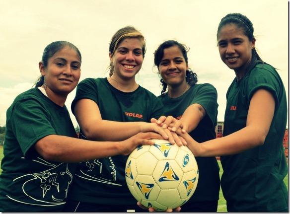 Las Aztecas de futbol se refuerzan para la defensa de la corona en la CONADEIP y la Liga Mayor