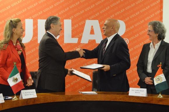 Docentes poblanos podrán continuar su formación en la UDLAP
