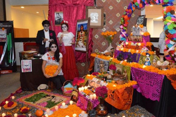 UDLAP realiza exitoso festival de calaveras